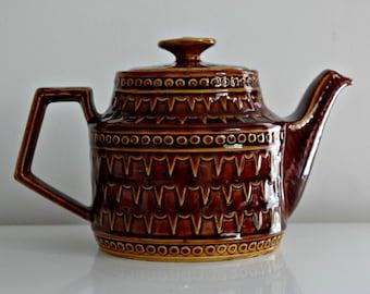 Vintage Price & Kensington Caramel Brown 'Victoria' Teapot