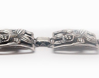 Sterling silver Native American link braclet with flower design