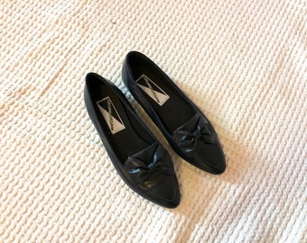 Vintage 80s Mootsies Tootsies Pointed Toe Bow Ballet Flats Women's Size 8B