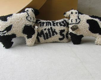 Punch Needle Pattern ~ Primitive Cows ~ Needle Punch pattern ~ Holstein Cows ~ PDF Instant Download ~country punch needle ~ Milk
