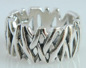 Unique Sterling Silver Ring size 7.5