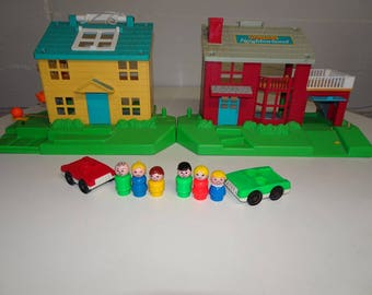 Vintage 1989 Fisher Price Little People Neighborhood #2551 - FREE SHIPPING