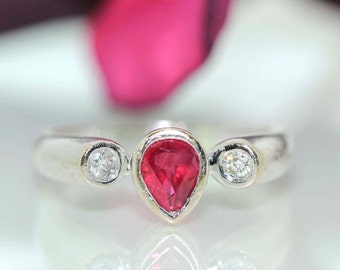Vintage 18k White gold Natural Ruby & Diamond Solitaire 3 stone ring band .80ctw