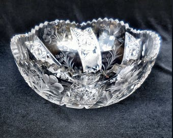 Signed Tuthill Intaglio Cut Glass Serving Bowl