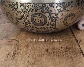 Tibetan Singing Bowl, Hand hammered, Hand crafted singing bowls for Meditation, Yoga, Sound Therapy, relaxation, musical,  FREEUK SHIPPING