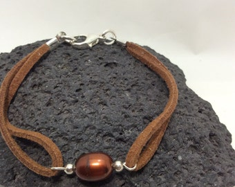 brown fresh water cultured pearl bracelet