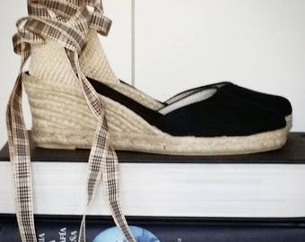 Lace-up espadrille wedges - BLACK with BLACKBERRY RIBBONS - mumishoes - made in spain