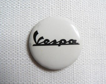 Vintage Late 80s Vespa Moped Scooters Logo Mods Pin / Button / Badge