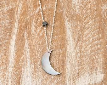 Moon and star necklace/Luna necklace/Crescent Moon Necklace/Mother of Pearl Moon and Star necklace