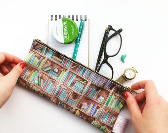Book Lover Gift, Book Pencil Case, Book Gifts, Bookshelf, Reading Gift, Bookworm, Bookish Gifts, Geek Gift, Nerd Gift, Pouch, Pencil Case,