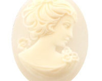 25x18mm German Cameo - Crystal Frosted (12pcs)