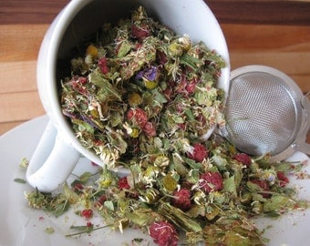 Nuit étoilée (Starry night); Hop herbal tea with camomile, raspberry and wild flowers; Delicious and relaxing (15g)