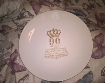 Commemorative plate in honor of the Queen's 90th Birthday