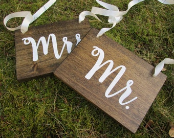 Bridal shower gift, gift for the bride, bride gift, rustic wedding sign, wood wedding sign, mr and mrs signs, wedding chair signs, rustic