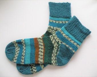Hand Knitted Wool Socks Hand Knit Wool Socks Women Knit Socks Wool Socks Natural Socks Handknitted Feet 7- 9 US shoe size Ready to ship