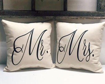 Mr and Mrs Pillows | Cotton Anniversary Gift | Gift for the Couple | Bridal Shower | Gift for Mom and Dad | Wedding Gift | Sweetheart Table
