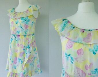 Vintage Hawaiian Dress, Ruffle Dress, Summer Dress, Floral Dress, Holiday, Pastel, Off The Shoulder Dress, Size 14 16