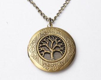 Silver tree locket necklace, vintage round locket, tree of life necklace, keepsake locket necklace