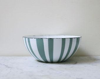 """Cathrineholm seafoam stripe bowl 8"""" // medium Cathrineholm bowl // enamel bowl // mcm bowl // zebra bowl"""