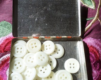 Little French Vintage Tin of White Glass Buttons.