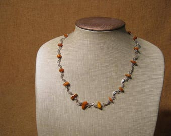 Stunning Art Deco Silver Filigree Crescent Amber Necklace 10.6 Grams.