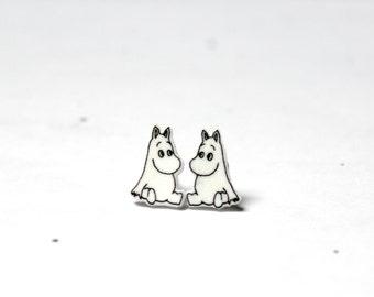 Sitting Moomin stud earrings