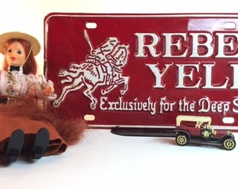 1975 Ideal doll and vintage Rebel Yell plate
