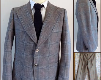 Mans 70s plaid check suit mans retro trouser suit size small/medium see measurements