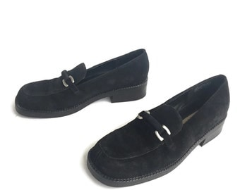 90's Black Leather Slip On Loafers Women's size 7.5