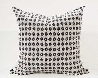 Ikat black pillow cover - Off White Ikat pillow - Black White Pillow - Tribal Pillow - Boho Pillow - Ethnic Pillow - Decorative Pillow