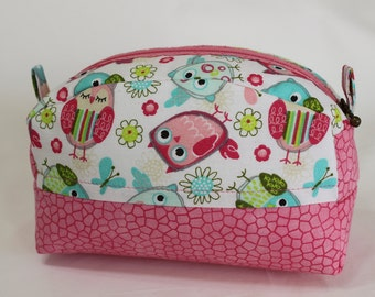 Zippered Pouch, Medium Size, Cosmetic Bag, Bridesmaid Gift, Toiletries Bag, Baby Products Bag, Travel Bag, Secret Pal Gift, Jewelry Bag 1031