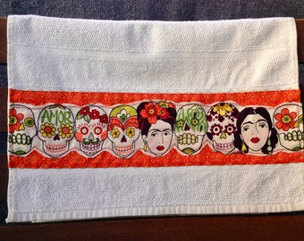 Day Of The Dead Kitchen Decor, Dia de los Muertos Kitchen Towel, Sugar Skulls and Frida, Style is Mexican, Festive, Rockabilly and Fun!