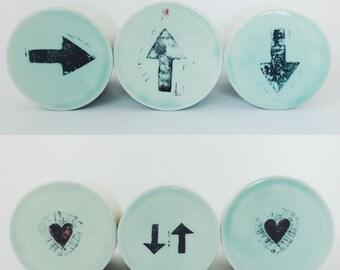Porcelain French butter dish • Beurrier breton  • arrows • hearts • celadon • handmade • modern • green • kitchen • breakfast