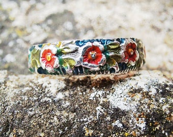 Temps des Fleurs 70's New Vintage Hand Painted Flowers Silver Ring, Size 6