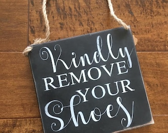 Remove shoes sign, Door hanger, Please remove shoes, Kindly remove shoes, Entryway sign, Handpainted, door sign