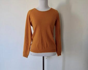 Vintage 1960's 'Sorry Not Sorry' Deep Mustard Yellow Sweater Size S
