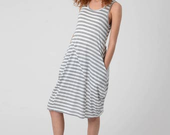 Woman's Stripes Tank Dress, Grey White Lycra Draped Dress, Loose Dress With Pockets, Gray Striped Short Dress, Knee Length Summer Dress