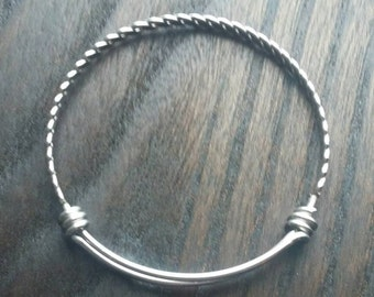 1.8mm Twisted Expandable Bangle Bracelet - Braided Style Bangle in 1.8mm wire - Thick Expandable Bangle