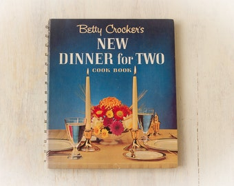 BETTY CROCKER'S New Dinner for Two CookBook (1964  First Edition)  - Vintage CookBook, Collectible, Recipes, Desserts, Food Photography