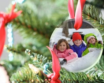 Round Glass Photo Ornaments. Transform favorite pictures into personalized Glass Ornaments and Suncatchers. Perfect for the Holidays!