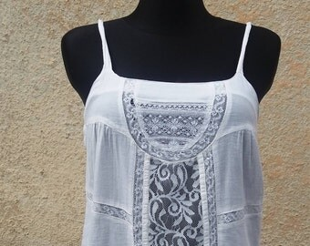 Blouse tank top, white lace shirt, blouse shoulder straps, Vintage Europe X Small womens, Lace Top Spaghetti straps, white blouse straps