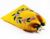 Sac brodé à la main, motif lilas, doublure coton, cordon de serrage, sac à lingerie, sac à chaussures, pochon brodé tissu, sac lin