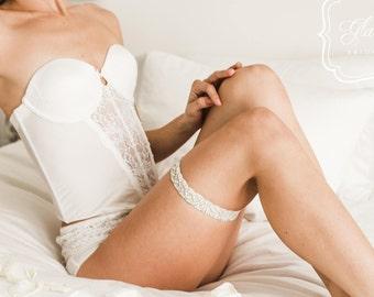 GlamGarters Wedding Bridal Leg Garters Heather Garter Crystal Rhinestone Lace Set with Toss Garter