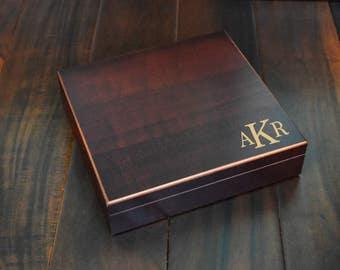 Engraved Groomsman Gift Box, 2 Sizes, Groomsmen Wedding Favors, Monogram Gift, Personalized Cigar Box, Custom Wood Wedding Box, Keepsake Box