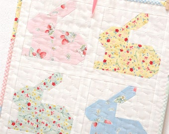 PDF Quilt Pattern - Hippity Hoppity MINI