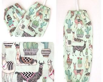Plastic Bag Holder/ Grocery Bag Holder/ Bag Dispenser - Llamas Green