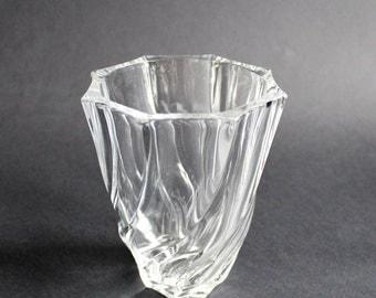 Glass Vase. Luminarc. Vintage Vase. Centerpiece Vase. Flower Vase. Vase Verre. French Country. French Vintage. French Decor. Boudoir Decor
