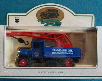 Lledo of England Chevron Days Gone Commemorative Die-Cast Replica Standard Oil Well Repair Truck