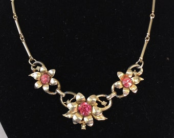 Pink Rhinestone Flower and Chain Necklace