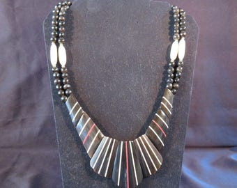 """AFRICAN TRIBAL Type Hard Plastic (Looks like Wood) Necklace, Black with White/Red Stripes, Beads, 11.25"""" Long (#776)"""